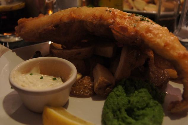 Petit Fish and chips en février 2012 avec Julien à Bristol, sur le port.
