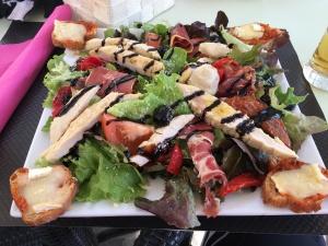 Salade bien mérité à Carcassonne